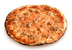 Pizza rossa con salsiccia